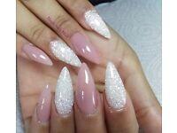 Mobile Nail technician Artist Magic nails Gel nails