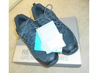 Mens Regatta Great Outdoors Holcombe Low Black/Granit Walking Shoes. Size: 7.