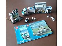 Lego City Police set 7743 (used) no box, with surveillance lorry, building, quad bike, figures. £25.