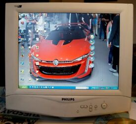 """PHILLIPS 150S 15"""" TFT COMPUTER COLOUR MONITOR - IN GOOD WORKING CONDITION"""