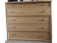 Wooden Kingsize bedstead with side tables & chest of drawers