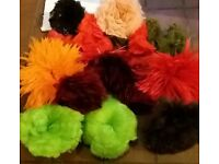 22 Turkey / Goose/Rooster Feather Trims plus 100,s Loose Feathers perfect for hats, clothes crafting