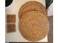 2 x Coasters & 2 x Plate Table Mats - £1 for all