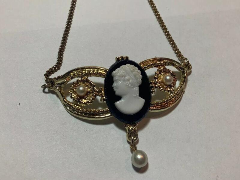 Vintage Necklace Black & White Lucite Bar Cameo Faux Pearls Gold Tone Unique