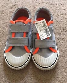 Brand new boys shoes size 6