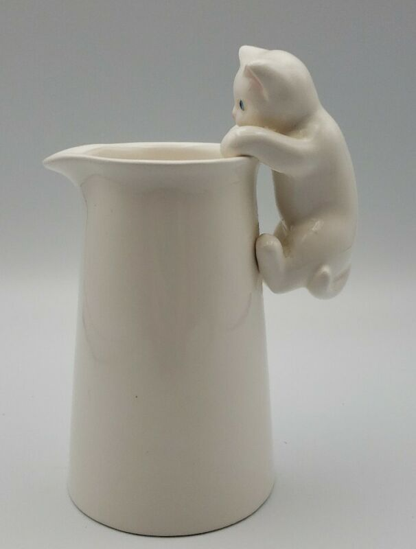 White Cat Creamer*Small Vintage Pitcher*Cat Handle*Kitty Cat Collectables