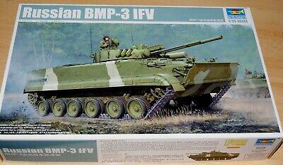 Trumpeter 01528 : Russischer Kampfpanzer BMP-3IFV / Kit 1:35 / Neu / OVP