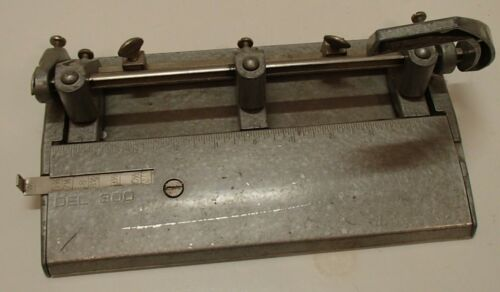 DEL 300 Vintage 3-Hole Punch ~ All Metal