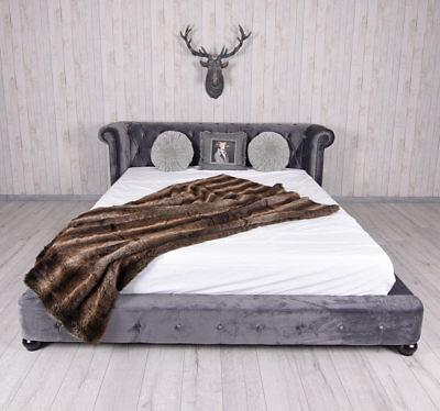Königliches Bett XXL Ehebett Chesterfield Doppelbett Chateau Samtbett 180x200cm