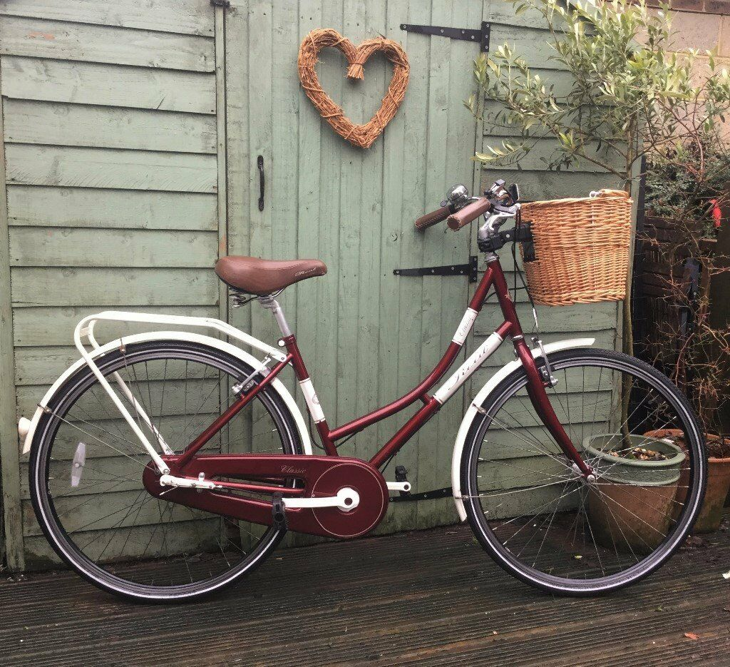 Beautiful Real Classic Ladies Bike Bicycle 3 Speed Front