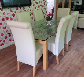 Stunning Designer Glass Oak Dining Table and 6 Chairs With Bow Backed Chair Covers