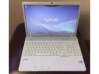 Sony VAIO VPCEB3F4E Laptop