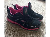 Women's Air Trainers Size 7