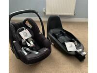 Maxi Cosi Pebble Car Seat & 2 Way Fix Base