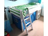 Child's Cabin Bed with Pullout Desk (Noa & Nani)