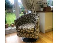 Bucket Swivel Chair