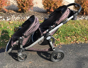 2011 Double City Select Stroller