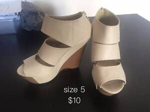 woman shoes from $5 (including brand: Nike,UGG,windson smith) Arncliffe Rockdale Area Preview