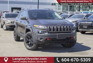 2017 Jeep Cherokee Trailhawk <B>*NO ACCIDENTS *SINGLE OWNER<B>