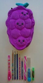 ** SMIGGLE RASPBERRY PENCIL CASE AND STATIONARY (Inc. Light Pen)
