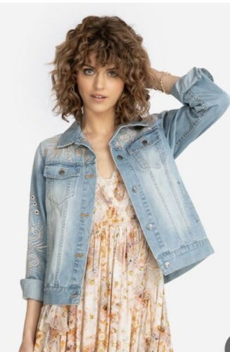 Johnny Was IVA Denim Jacket Blue  Vanilla Cream Flower Embroidery LARGE NEW $290