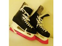 Lovely Ice Hockey Skates- Size 6- Bargain!