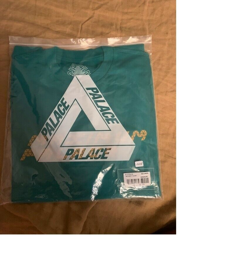 Palace skateboards tri-flect tee shirt size m color sea green