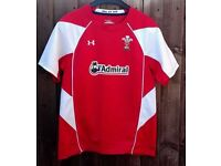 Wales Under Armour Rugby Top - Childs YXL