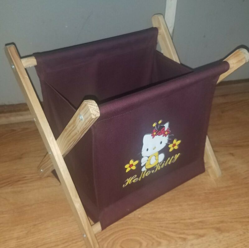 **HELLO KITTY** Vintage Expandable Folding Wood & Fabric KNITTING SEWING Caddy!