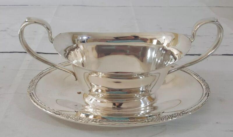 Vintage International Silver Co CAMILLE 6013 Silverplate Gravy Sauce Boat