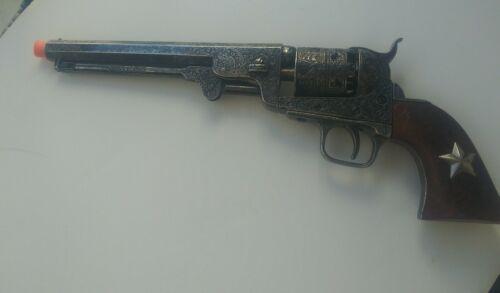 CIVIL WAR REVOLVER 1851 REPLICA