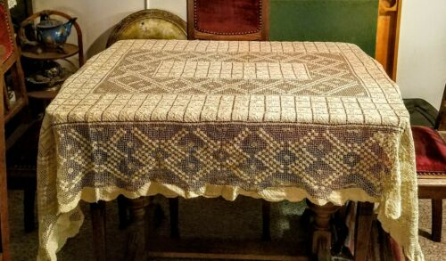 antique hand knotted filet lace tablecloth 61 x 78 Mondano lace