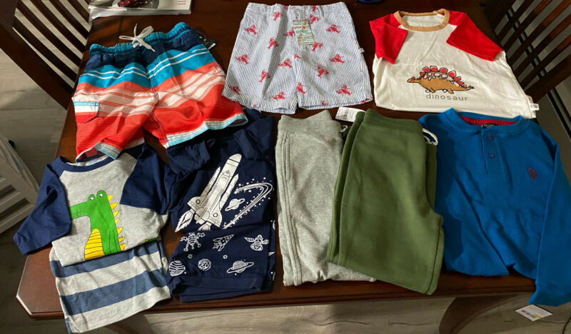 Lot Of Boys Clothes Size 4 To 6 Years, Bathing Suit, Ls Henley, 2 Joggers 10 Pcs