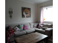 Rare to the market in old Tynmouth. Quality unfurnished flat with a parking space and garden