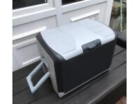 Halfords 40 litre mains and 12v/24v Electric Cool Box