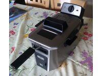 Delonghi electric deep fryer machine good condition