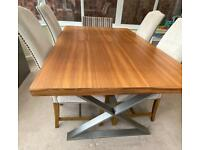 Extending Dining table (6-10) people