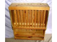 DINING / LIVING / SHABBY CHIC BESPOKE HAND MADE PINE WOOD WALL HANGING 12 PLATE RACK AND SHELVES