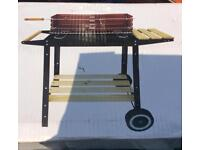 Landmann Wagon bbq Charcoal Barbecue with side and shelf Garden NEW
