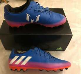 Adidas Messi size 6 (adults) football boots