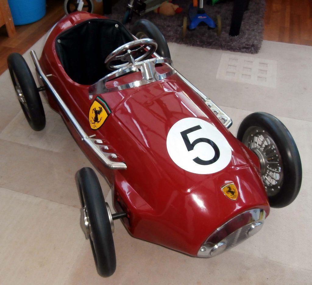 retro ferrari f2 grand prix race pedal car in cottenham. Black Bedroom Furniture Sets. Home Design Ideas