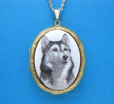 DOGS Precious Porcelain HUSKY DOG CAMEO Costume Jewelry Locket Pendant Necklace - Husky Dog Costume