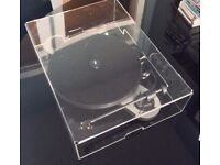 Pro-Ject Elemental turntable and cover Ortofon OM5e