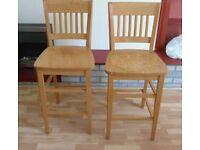 2 Bar Stools / High Chairs