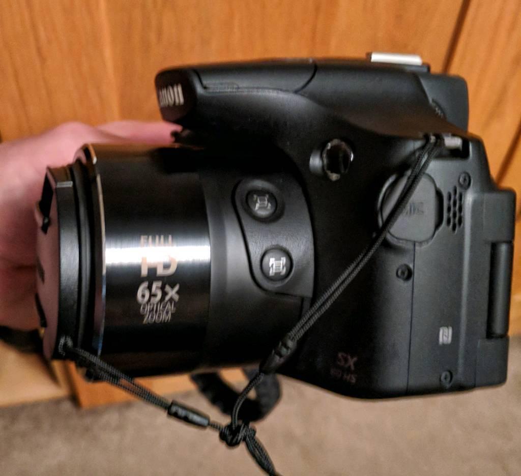 Canon Sx60 Digital bridge camera ,used twice,As new, 65x zoom,comes boxed,Brill xmas Gift.