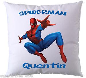 coussin spiderman personnalis avec pr nom ebay. Black Bedroom Furniture Sets. Home Design Ideas