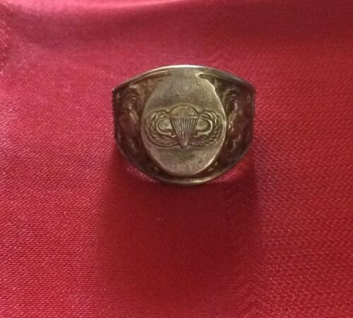 Vintage Sterling Silver US ARMY Paratrooper ring s.-10.    18