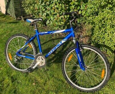 """Giant men's mountain bike (size - 26"""" wheel)"""