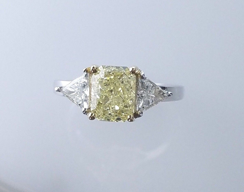 GIA 2.60CTW FANCY YELLOW RADIANT SI2 DIAMOND 3 STONE ENGAGEMENT WEDDING RING 1