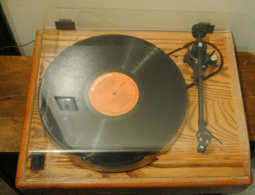 Acoustic Research Turntable EXC Condition